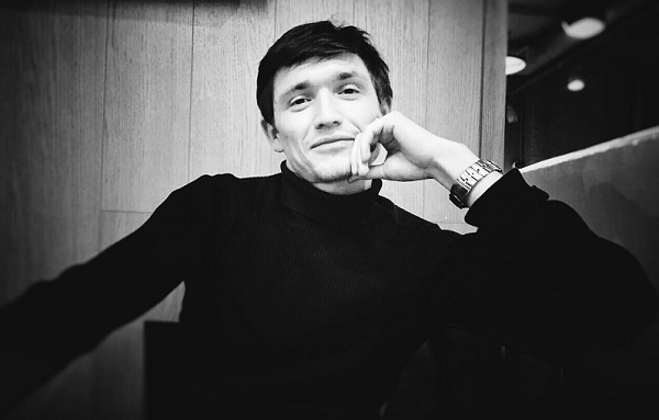 Василий Молодцов актер театра