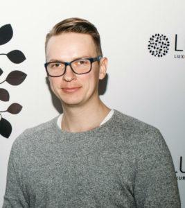 Владимир Евладов - владелец первого в России маркетплейса люксовой одежды Luxxy.com