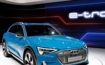 внедорожник Audi e-tron